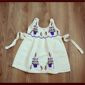 Other - Pretty embroidered little girl dress